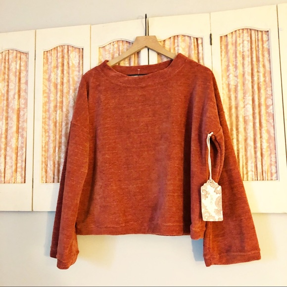 New Band Of Gypsies Burnt Orange Crop Sweater
